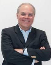 Dr. Fernando Moraes