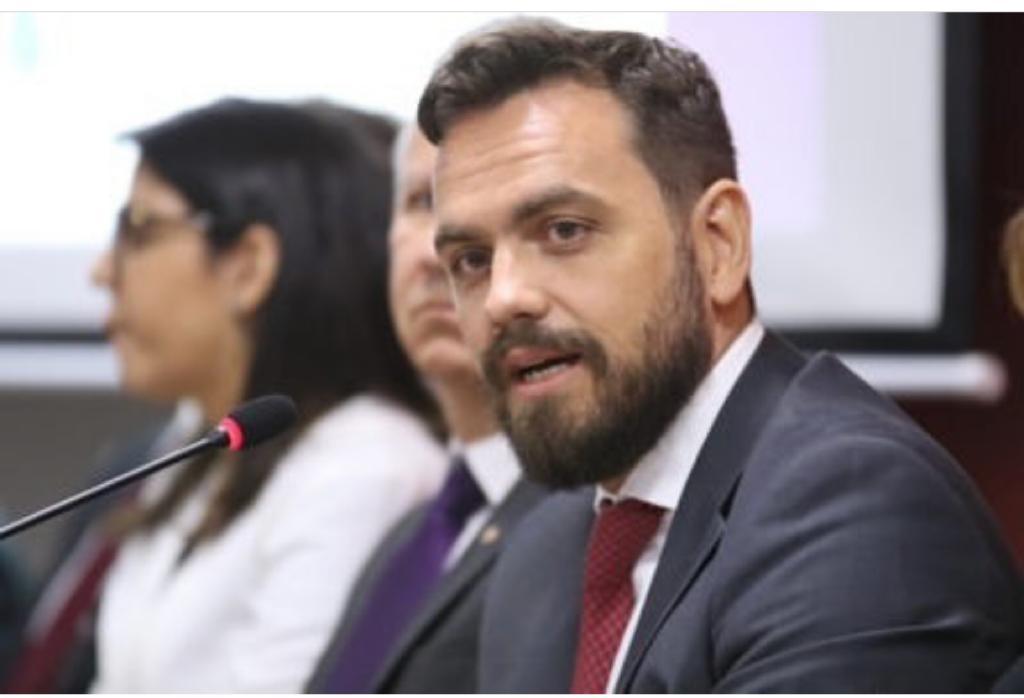 Lucas Sachsida Junqueira Carneiro