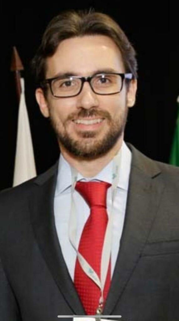Roberto Candia